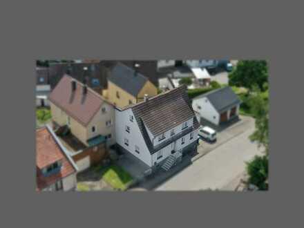 Saniertes Einfamilienhaus mit kleinem Garten in schöner Wohnlage