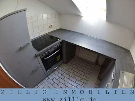 Nur für Studenten! 2-Zimmer-Wohnung - EBK, Laminat - ZILLIG IMMOBILIEN MIETVERWALTUNG