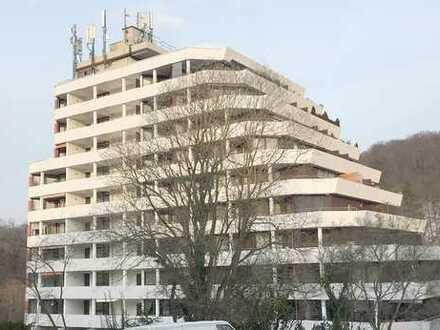 Apartment mit Balkon, Aufzug + TG