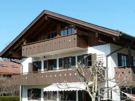 Ohlstadt: Komplettes Dachgeschoss mit moderner Raumaufteilung