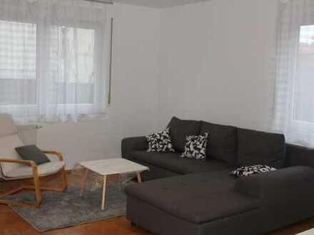 Möbilierte schöne drei Zimmer Wohnung in kleiner familiärer Wohneinheit in Oberursel