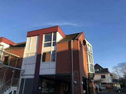 Vollständig renovierte 3-Zimmer-Wohnung mit EBK auf dem Venusberg