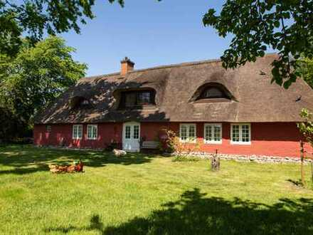Wir verkaufen unser Büllerbü (provisionsfrei) - Bezauberndes Reetdachanwesen in Nordfriesland