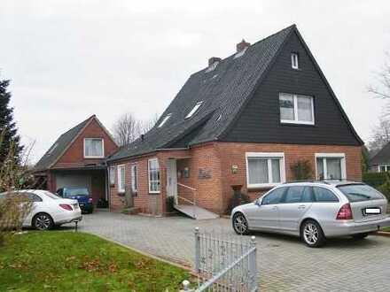 Sehr gepflegtes Einfamilienhaus mit ELW und großem Grundstück