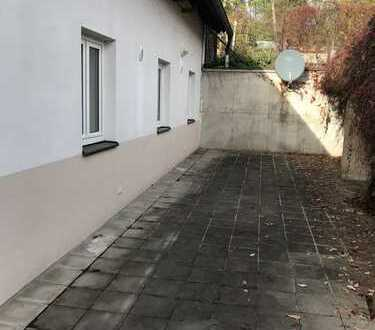 von Privat an Privat - Erdgeschoss-Wohnung in Pfofeld mit Freisitz, EBK, Waschmaschine und Trockner