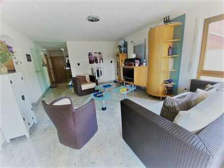 """""""Die Wohnung mit dem gewissen Etwas""""  Hochwertige 3,5 Zimmer-Wohnung in ruhiger sonniger Lage"""