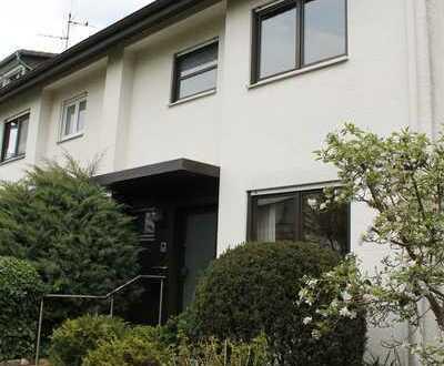 Gepflegtes 5-Zimmer-Reihenhaus in Laudenbach, Laudenbach