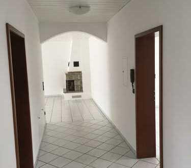 Charmante 4-Zimmerwohnung in gehobener Lage am Waldrand in Dietzenbach-Steinberg