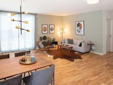 Viel Platz zum Wohlfühlen! Großzügige 2 Zi.-Wohnung mit EBK, Gäste-WC und Dachterrasse nahe Zentrum
