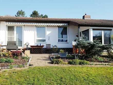 Idyllisches Haus im wunderschönen Steinborn