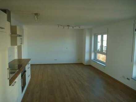 Exklusive 1,5-Zimmer-Neubauwohnung inkl. hochwertiger Einbauküche und Tiefgaragenstellplatz