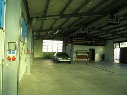 Produktions-Gewerbehalle/Lager in verkehrsgünstiger Lage
