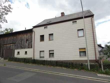 Wohnhaus mit Scheune und Garagentrakt - Zwangsversteigerung