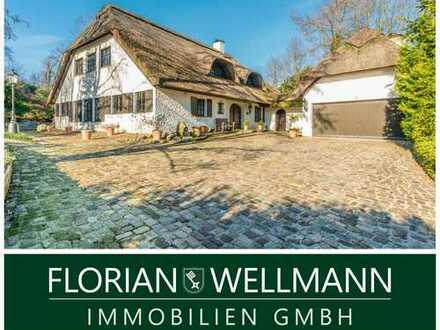 Ganderkesee - Hoykenkamp   Außergewöhnliches Reetdachhaus mit exklusiver Ausstattung in Top-Lage!