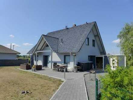 ☆ ☆ ☆ ☆ ☆ Einfamilienhaus, 5 Zimmer, Randlage Neubrandenburg, Carport, Garage ☆ ☆ ☆ ☆ ☆
