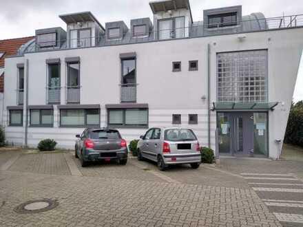 Ideale Gewerberäume für Praxis oder Büro in Toplage, Eggenstein!
