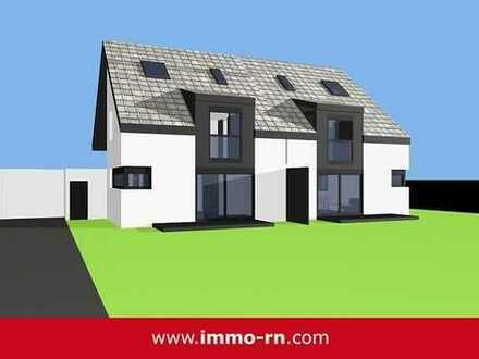 +++ NEUBAU: Freundliche Doppelhaushälfte mit Terrasse, Garten und 2 Garagen +++