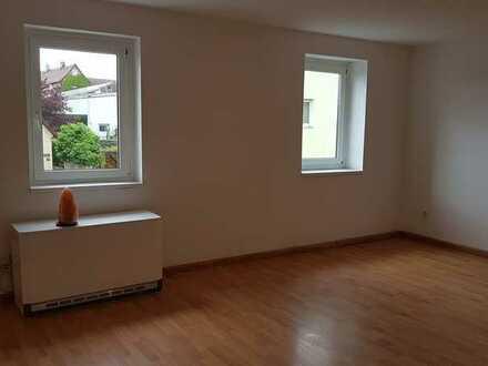 Helle, moderne 3-Zimmer-Wohnung in alten Mauern
