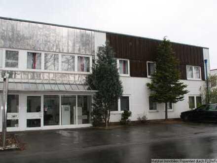 Sofort beziehbares, kleines Büro im Industriegebiet Süd mit Parkplätzen vor der Tür!