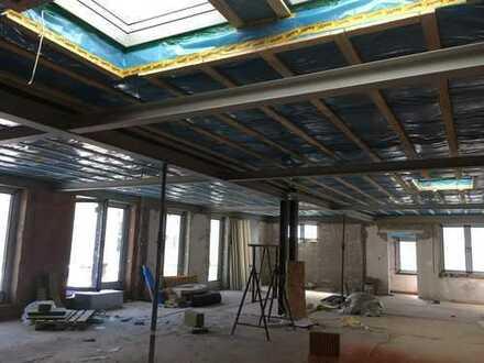 Erstbezug nach Fertigstellung! Helle 3 ZKB-Wohnung/Loft mit Dachterrasse in sehr guter Lage