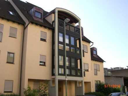 Sehr schöne 2 Zi - Wohnung Pfhm.-Rodgebiet mit kleinem Balkon