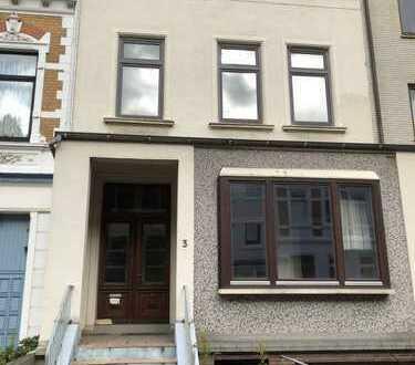 2 Fam Haus in der Bremer Neustadt, im Flüsse-Viertel,mit guter Substanz