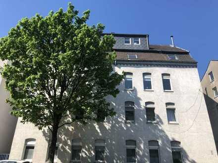 Zentral gelegene Helle 3,5 Zimmer-Wohnung, Perfekt für Kapitalanleger