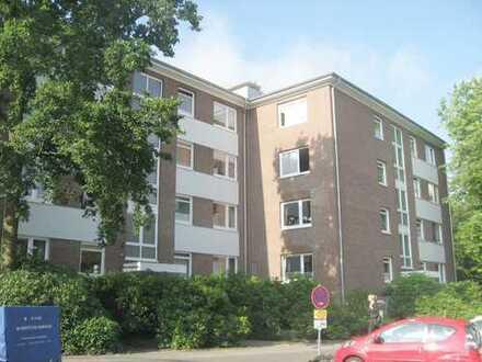 renovierte 3 Zimmer-Wohnung im Zentrum von Rissen mit Südbalkon