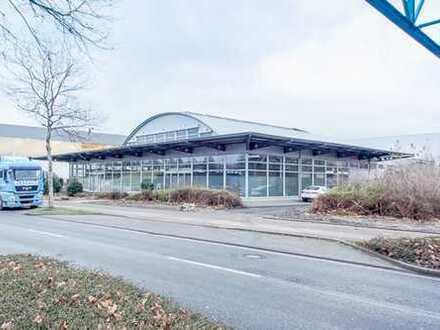 Einzigartige, lichtdurchflutete Gewerbehalle mit Loftcharakter auf ca 2.135 qm zu vermieten!