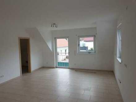 Ansprechende 4-Zimmer-Wohnung mit Balkon und EBK in Winnweiler