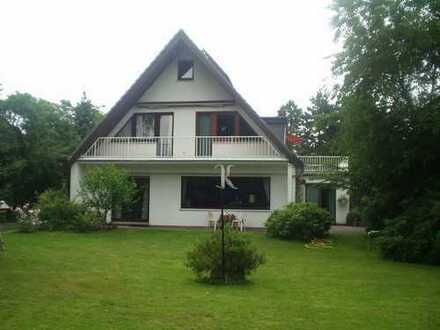 4 Zimmer Maisonette Wohnung mit Dachterrasse, Balkon, Garage und Garten in Oberneuland