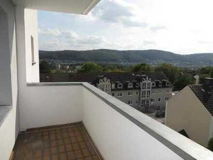 Provisionsfrei und seit 25 Jahren vermietete Eigentumswohnung mit Balkon und Traumblick über Hagen