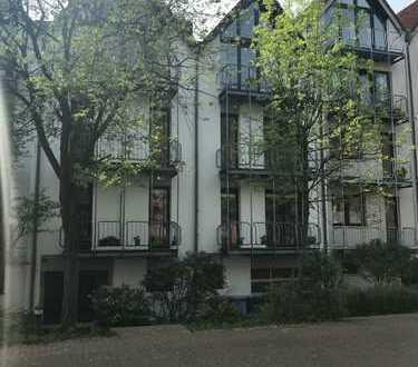 Top- Kapitalanlage! ETW mit offenem Kamin, 3 Zimmer, 2 Balkone, ca.77 m²