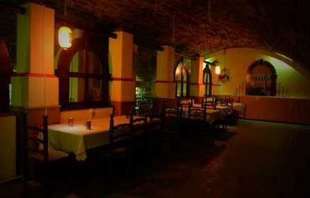 Historisches Kellerrestaurant ( Innenstadt ) zu verkaufen