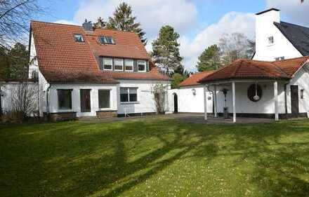Elegante 9-Zi-Stadtvilla mit 1.673 m² Park! Spaziergangnähe Zentrum/Rhein.