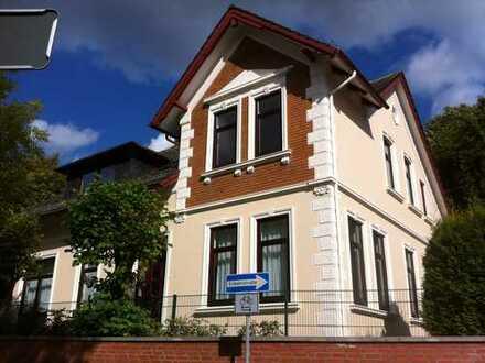 Exklusive 2 FH Villa von 1902 – Großzügige Wohnung 165 m² über zwei Etagen mit Blick auf die Lesum –