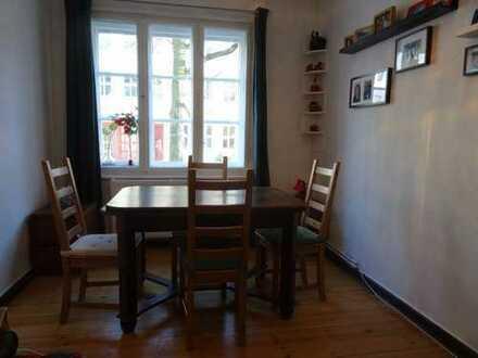 Familienfreundliche Wohnung in der Nähe des Weißen See, für 1 Jahr möbliert unter zu vermieten.