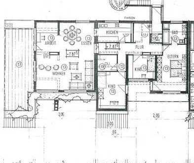 Stilvolle, geräumige u. gepflegte 4,5-Zim.-Penthouse-Wohnung mit Dachterrasse u. EBK in Esslingen