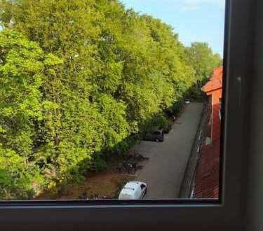 Schöne neue und helle 2-Zimmerwohnung in Eimsbüttel