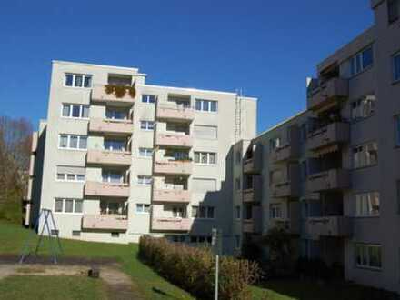 Esslingen Kennenbug: kurze Wege zu Schule/Kindergarten, Bus und Einkauf!