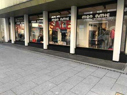 *** Geschäftslokal in attraktiver Lage in Arnsberg-Neheim ***