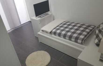 Schöne moderne WG-Zimmer nahe Campus Reutlingen - Vollmöbeliert