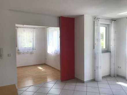 Schöne, helle 2 Zimmer Einliegerwohnung (UG) in Oggelsbeuren