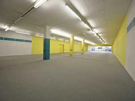 Hennef-Zentrum: Viel Raum und noch mehr Möglichkeiten, Lager- und Verkaufsfläche in Citylage!
