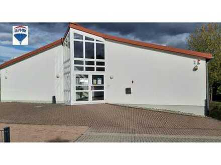 RE/MAX - Praxis - Bürogebäude mit vielseitigen Möglichkeiten