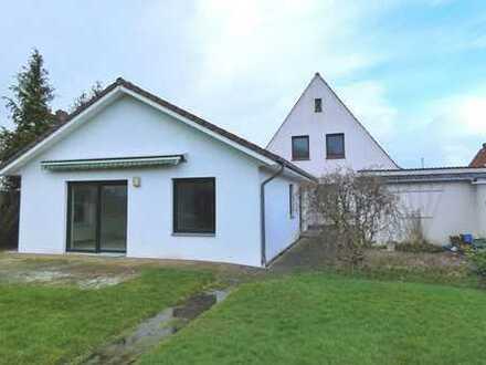 Geräumiges Familienhaus mit zwei Wohneinheiten...