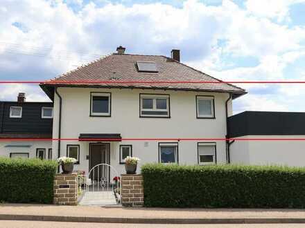 2,5-Zimmer-Wohnung mit großzügige Terrasse und Einbauküche in Neuenbürg-Waldrennach
