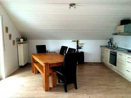 Renovierte Wohnung mit großer Dachterrasse