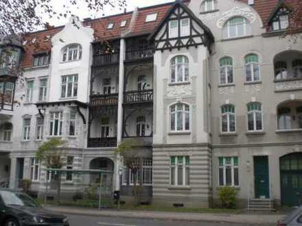 Schickes Appartement mit großem Balkon !