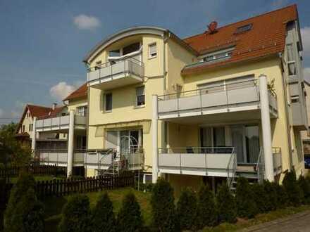 **Ideal für die Familie** Attraktive moderne 5-Zimmer-Wohnung auf 2 Ebenen mit Garten in Tailfingen